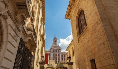 The Architecture of Havana Walk & Drive - detailed description